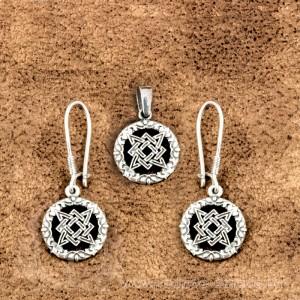 Комплект из сережек и кулона Звезда Руси из серебра